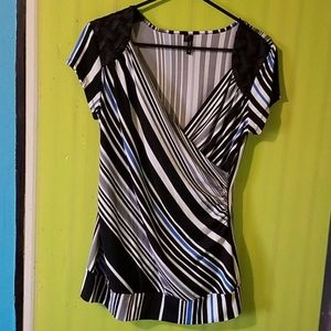 MAURICES BLOUSE SIZE L